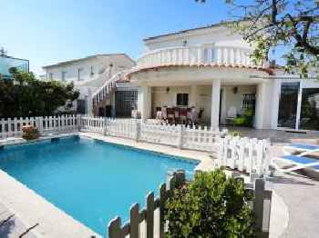 Holiday Home Rosa 220