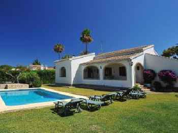Holiday Home Henrys Choza 220