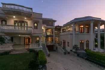 Krishnalaya Mansion by Vista Rooms 213
