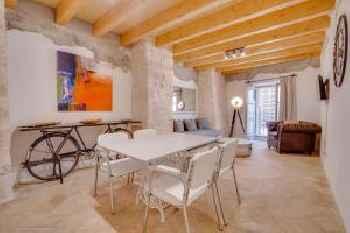 Vintage Palma Palace Apartments TI 201
