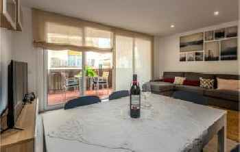 Awesome apartment in Canet de Mar w/ WiFi and 4 Bedrooms 201