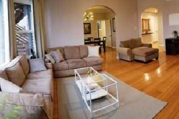 Modern Chic 3bd 2ba flat patio Continental Breakfast inc We disinfect No parties please 201