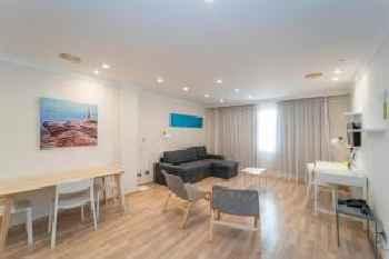 ARTIEM Apartamentos 201