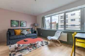 GuestReady - Bright Apartment for 4 in Issey-Les-Moulienaux 201