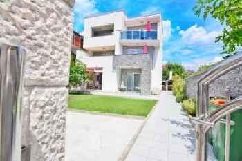 Apartments Maritea 201