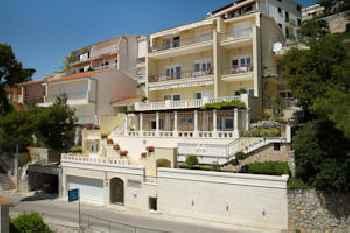 Villa King Apartments 201