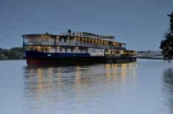 Aquamarina Hotel 215