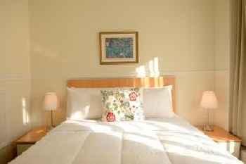 Parc Suites Hotel 219