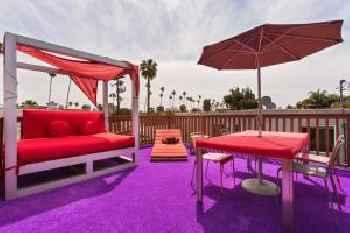 Beverly Hills Modern Guesthouse 220