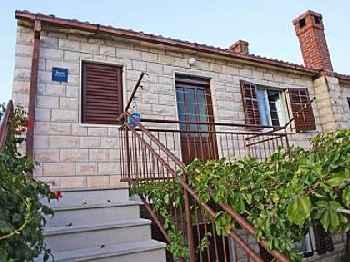 Apartment Sova A1 Postira, Island Brac