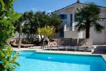 Apartments Villa Pina 201