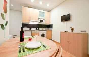 Gran Via Studio Apartments 201