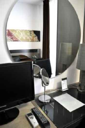 Easy Hotel Navigli 219