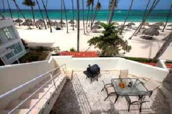 DELUXE SUITES CHATEAU DEL MAR - SWIMMING POOL and JACUZZI - BAVARO BEACH 219
