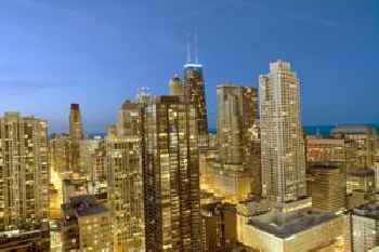 Chicago Grand Plaza Suites 220