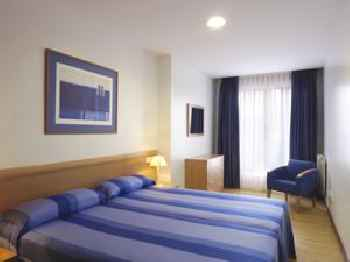Apartamentos Turísticos Blue San Esteban